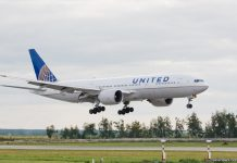 Boeing 777 United Airlines