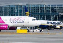 Самолеты Wizz Air и Ryanair