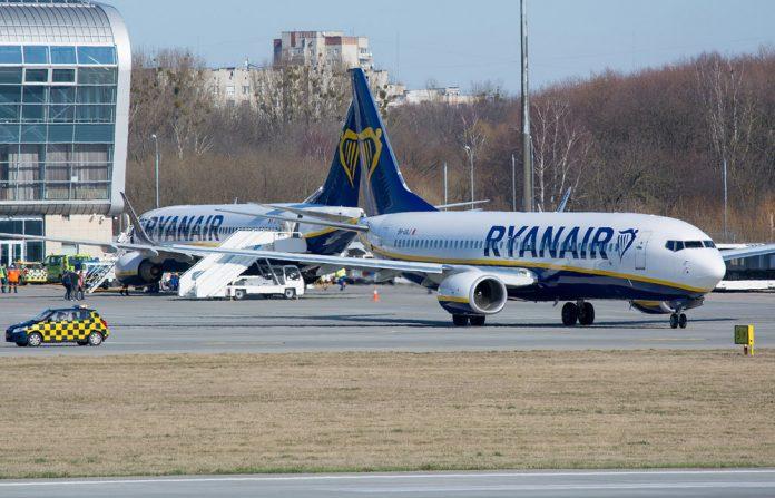 В Ryanair не исключили полную остановку полетов