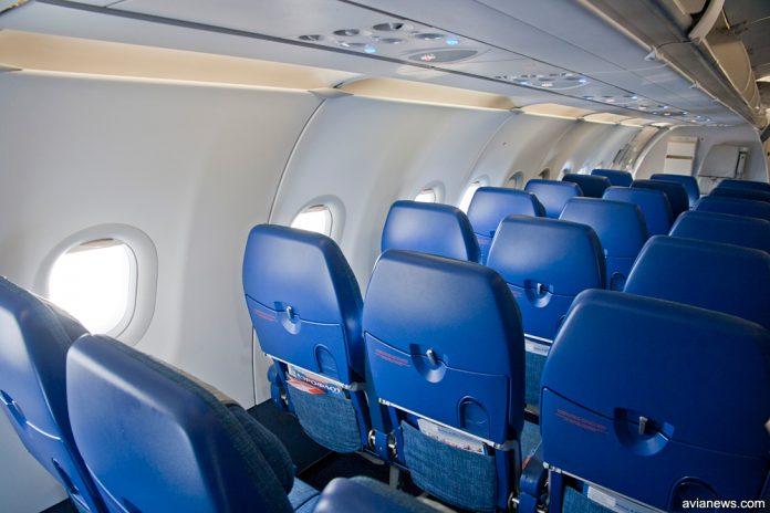 Пустые кресла в салоне A321 Аэрофлота