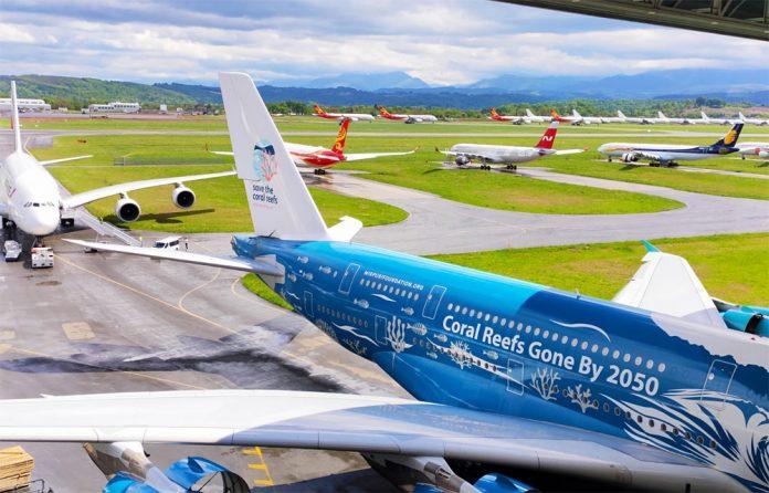 Самолеты на хранении в аэропорту Тарб