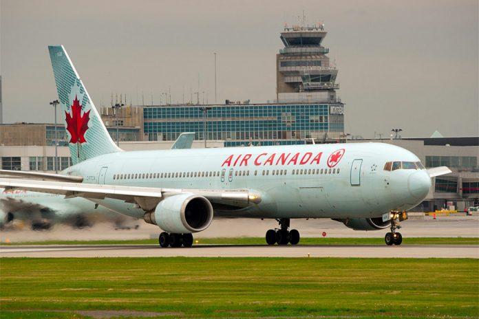 Boeing 767-300ER Air Canada.