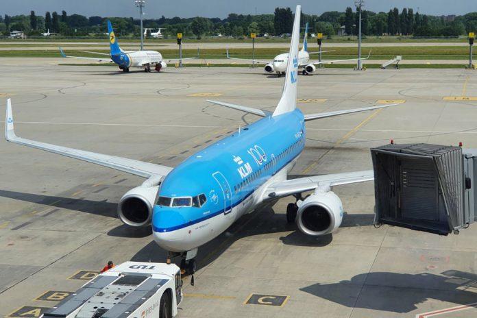 Boeing 737-700 KLM в аэропорту Борисполь