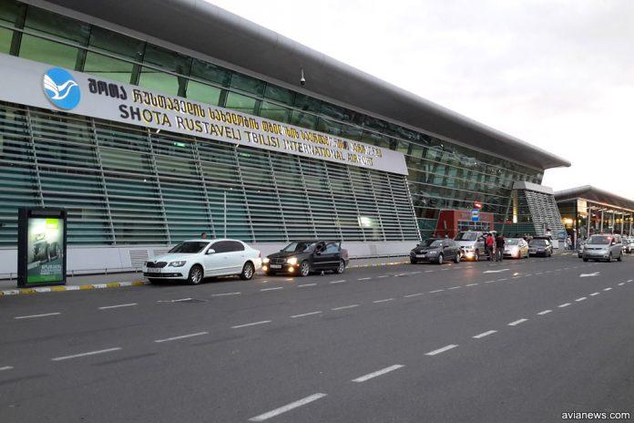 Терминал в аэропорту Тбилиси
