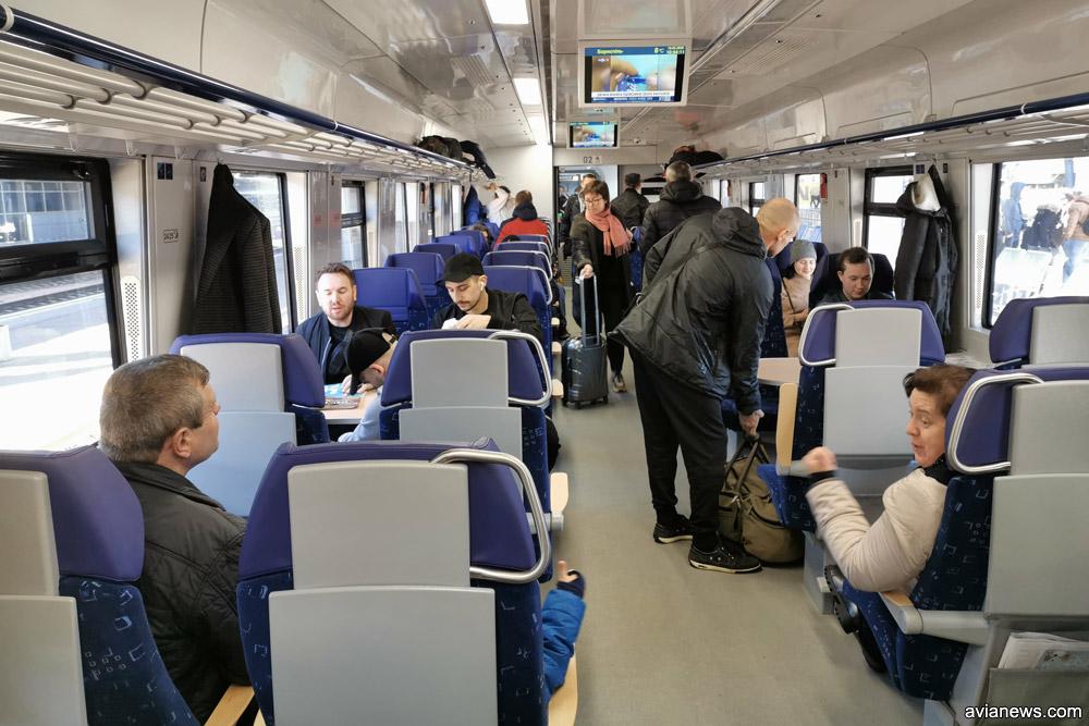 Вагон первого класса дизель-поезда ДПКр-3