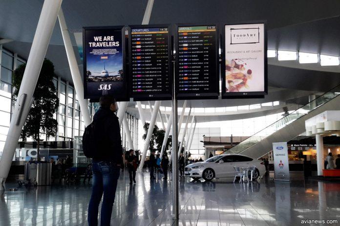 Внутри терминала в аэропорту Вроцлав