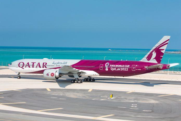 Boeing 777 Qatar Airways в ливрее чемпионата мира по футболу ФИФА 2022