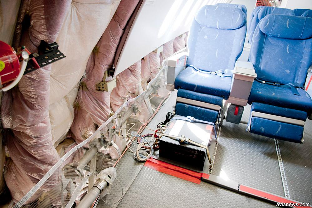 Термоизоляция пассажирского салона в опытном самолете Airbus A380