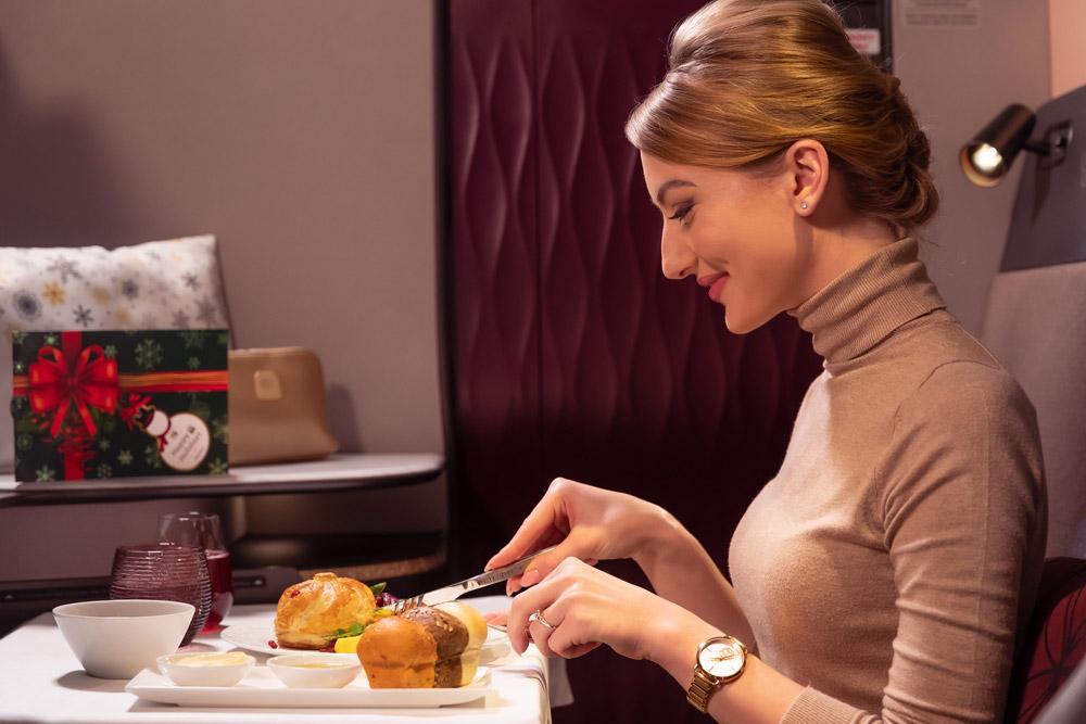 Пассажир в бизнес-классе Qatar Airways Qsuite
