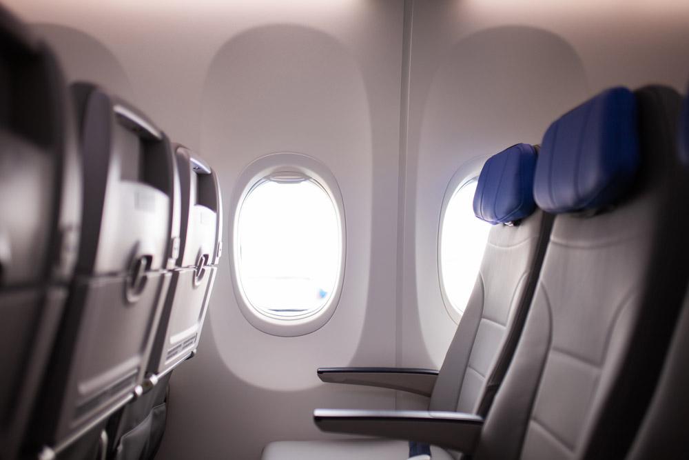 """В эконом-классе Boeing 737-8 """"Белавиа"""" установлены новые тонкие сидения"""