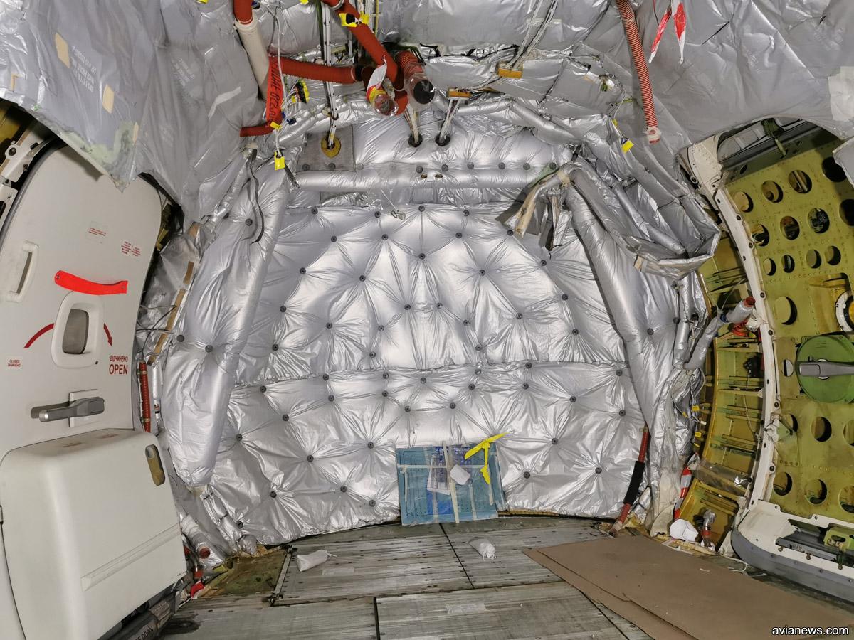 Гермошпангоут в Boeing 737