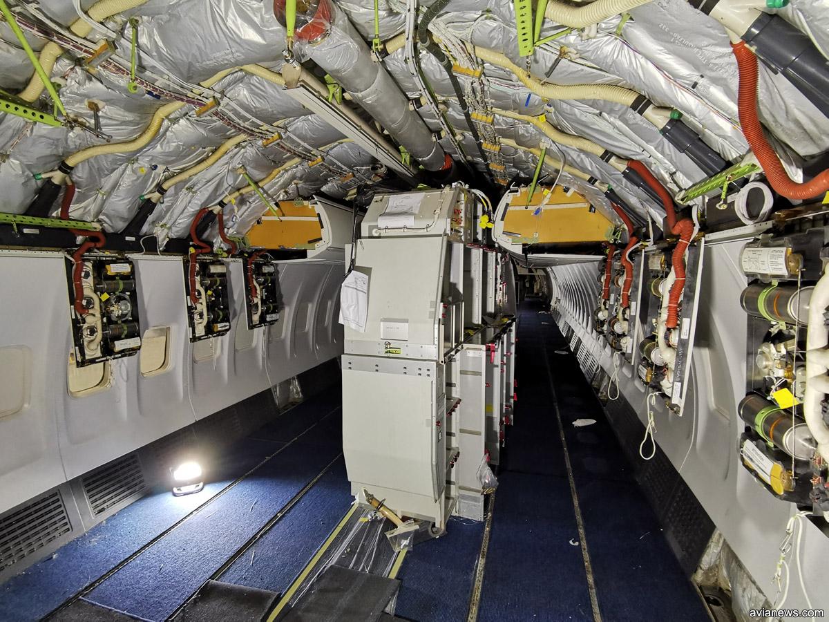 Хвостовая кухня Boeing 737