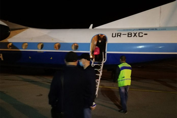 Пассажиры первого рейса Киев-Черновцы