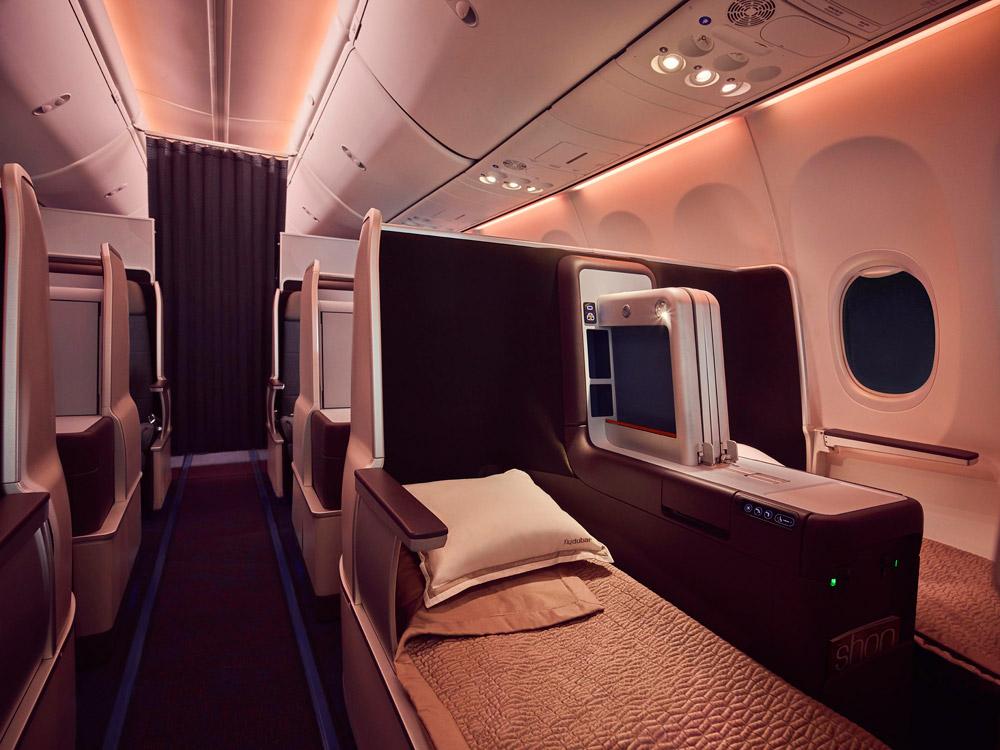 Бизнес-класс с креслами-кроватями в Boeing 737 MAX flydubai