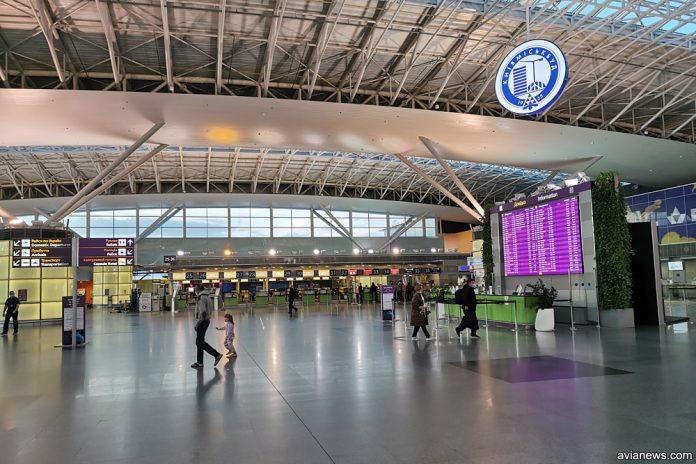 Зона регистрации в аэропорту Борисполь, терминал D