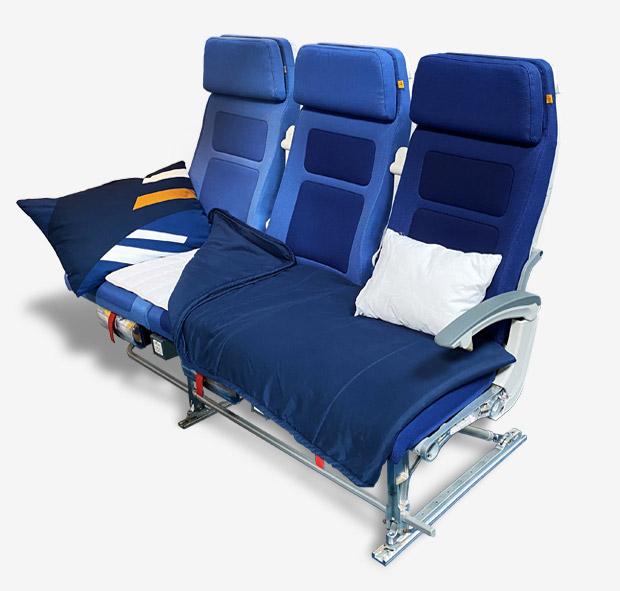 Как выглядит спальное место в эконом-классе Lufthansa
