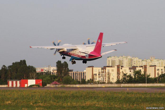 Взлет Ан-140