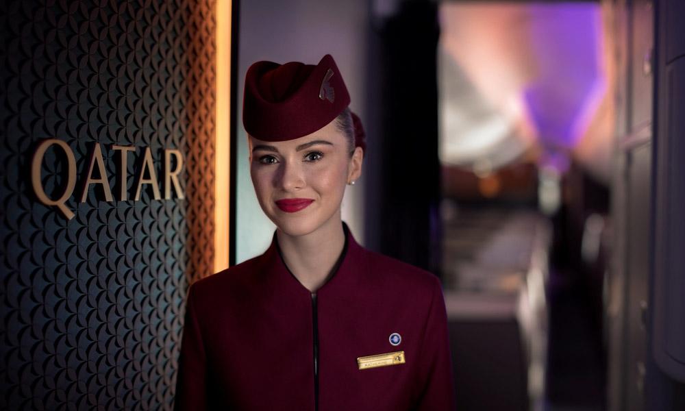 Бортпроводник Qatar Airways