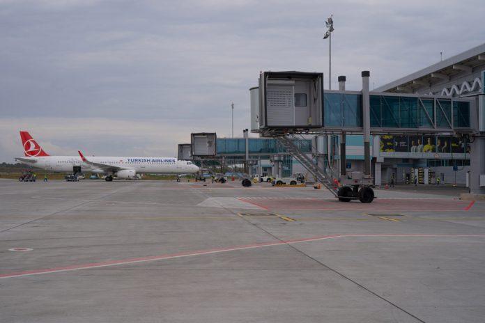 Четыре телетрапа Thyssenkrupp в аэропорту Одесса