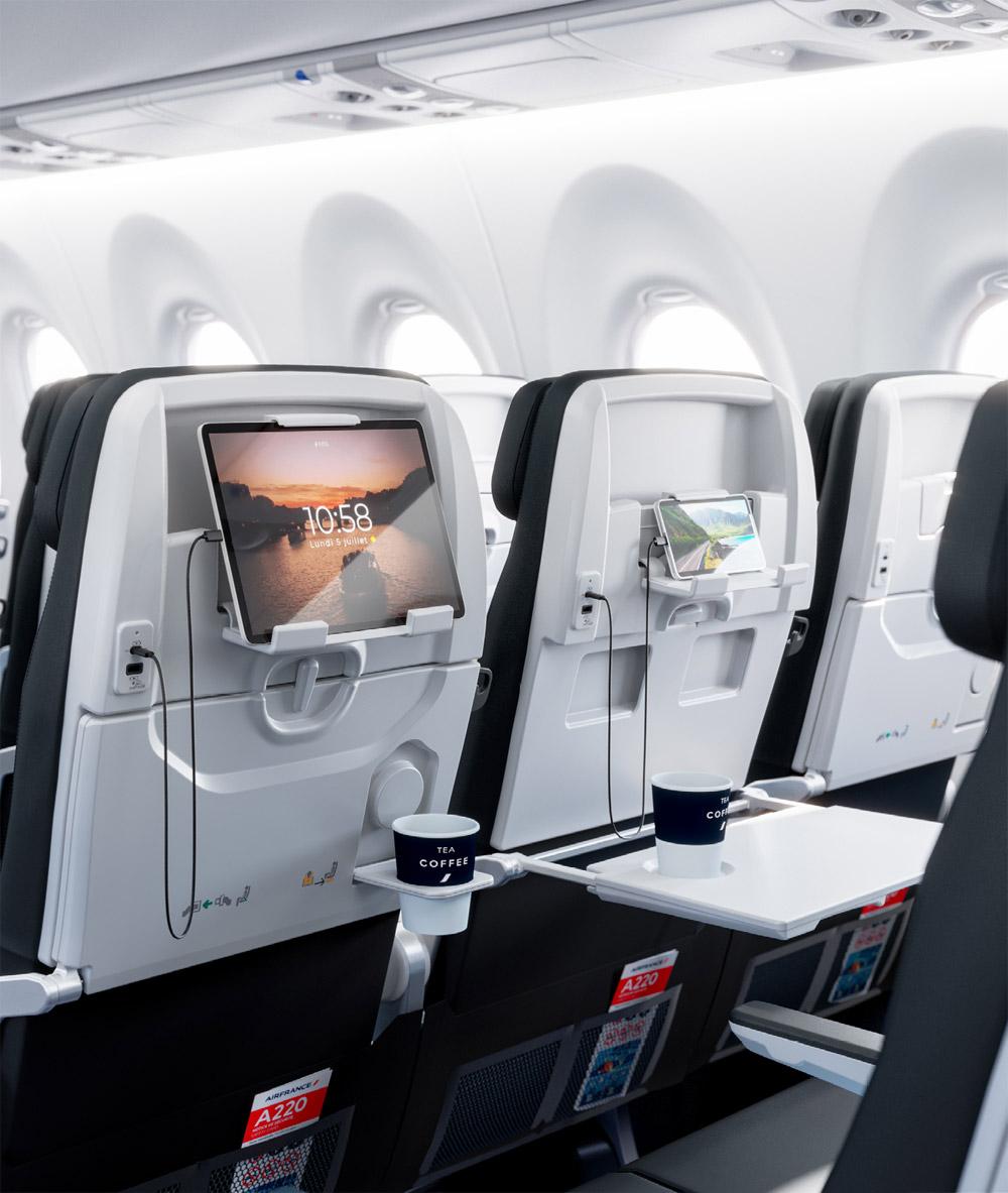 Кресла в Airbus A220-300 Air France оснащены держателями для планшетов и портами USB A и USB C для зарядки